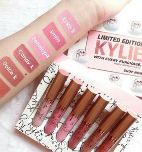 Матовый блеск для губ Kylie