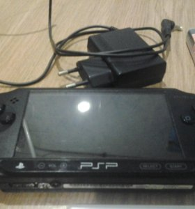 PsP E 1008 + диск Assassin s Creed