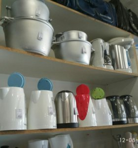 Кастрюли и чайники