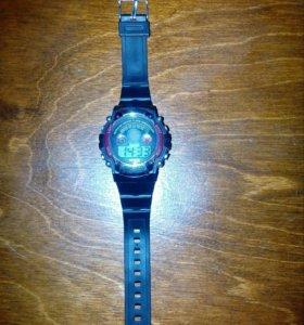 Продаю часы !!!