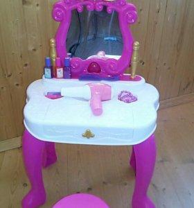 Туалетный столик (трюмо) с пианино б/у