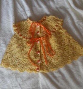 Вязаное платьишко
