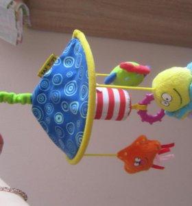 игрушка для коляски или кроватки