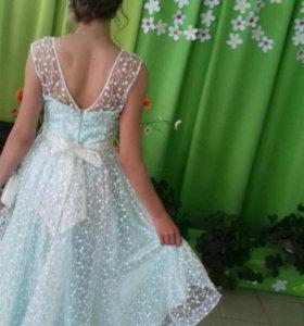 Платье, покупалось за 7300! А одевала один раз.