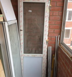 Дверь балкона