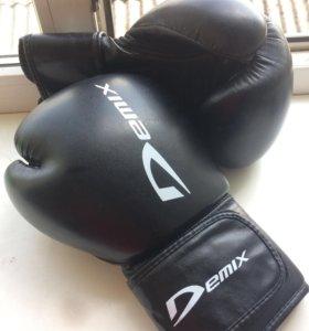 Боксерские перчатки DEMIX 12-oz