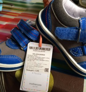 Новые ботинки mothercare