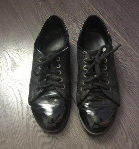 Кожаные ботинки бу