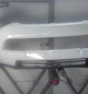 Mitsubishi Outlander 2013г. бампер передний