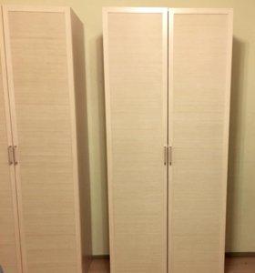 Два плательных шкафа (комплект)
