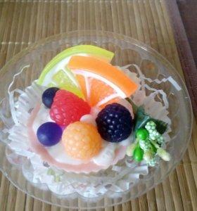 Мыло пирожное с фруктами