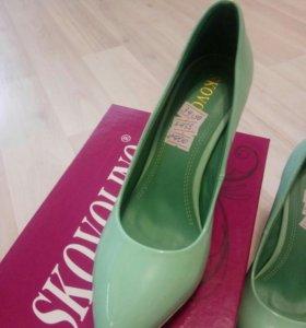 Новые туфли 34 размер