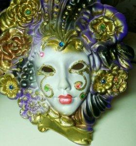 Керамическая маска для интерьера