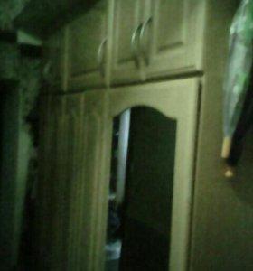 Шкаф в прихожую,180×240×57
