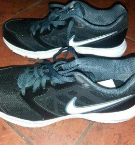 Кроссовки Nike мужские/женские