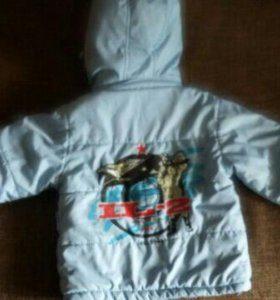 Продам комплект(куртка+штанишки)