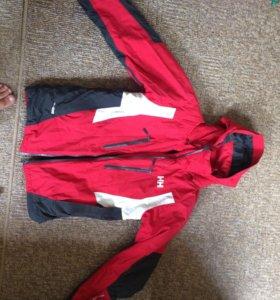 Зимняя куртка (лыжная) Helly Hansen