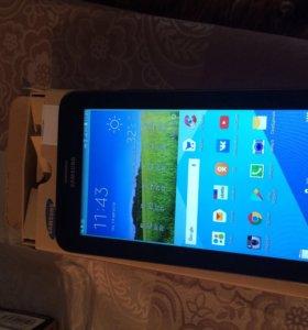 Samsung Galaxy Tab 3 7.0 Lite SM- T 116 8 gb 3G
