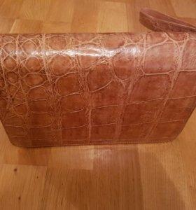 Барсетка из крокодиловой кожи с замком