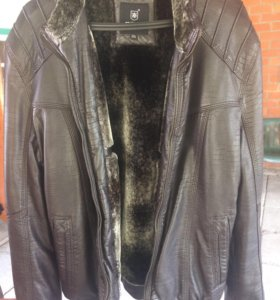 Продаётся мужская куртка