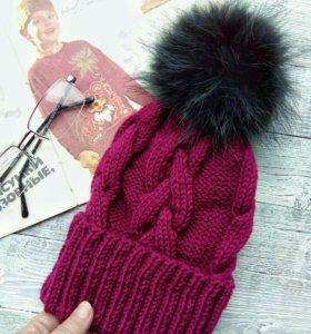Вязаная шапка, осень, полушерсть, помпон песец