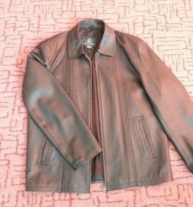 Мужская куртка из кожазаменителя