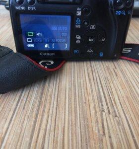 Canon 1000D +18-55 KIT