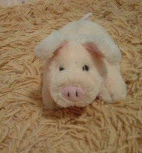 Игрушечная свинка