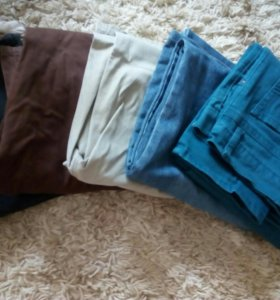 Пять пар джинс