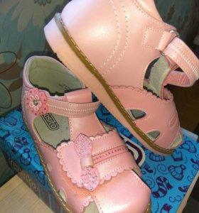 Новые туфли, 28 размер