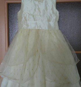 Платье для девочки 116 р.
