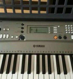 Новый Синтезатор Yamaha PSR-R300