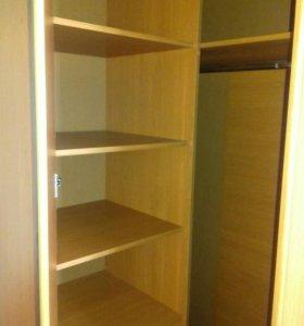 Угловой большой шкаф