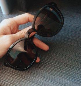 Солнцезащитные очки (новые)