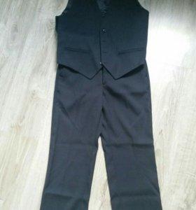 Школьные брюки и жилет для мальчика.