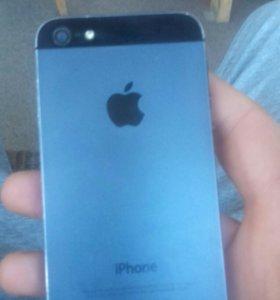 Айфон 5 на 16гб.