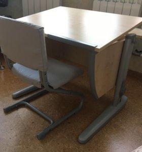 Стол-парта и стул