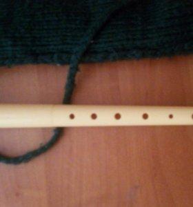 Флейта со связанным чехлом