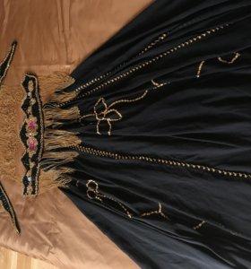 Профессиональный костюм восточных танцев живота