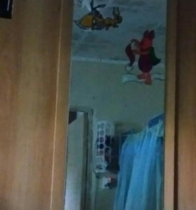 Шкаф купе 3х дверный с зеркалом