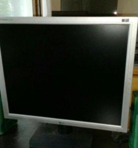 Монитор LG,процессор,колонки,клавиатура,веб камера