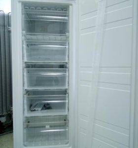 Морозильный шкаф dexp SF160D новый