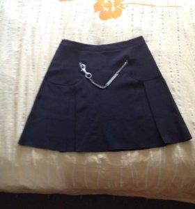 Продам юбку на подкладке новую