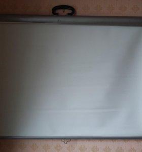 Экран для проектора настенный