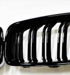 Решётка в бампер (ноздри) BMW