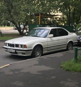BMW e34 520