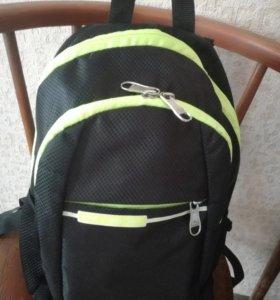 Повседневный рюкзак