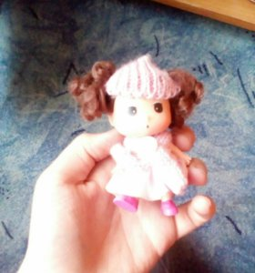 Кукла отдам за шоколадку