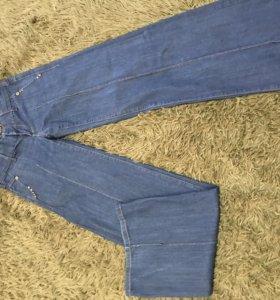 Джинсы, юбка, шорты, леггинсы и тд на 42-44р пакет