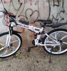 Складной белый велосипед